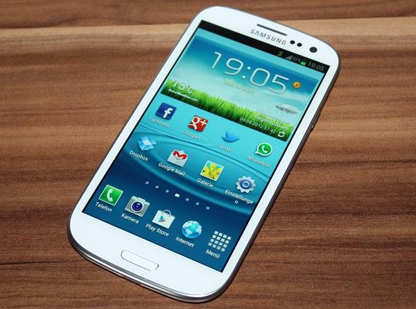 Samsung Galaxy S3 im Test – Enorme Performance im glänzenden Plastik